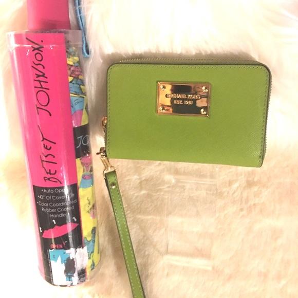 NWOT Micheal Kors green/wallet and Umbrella.